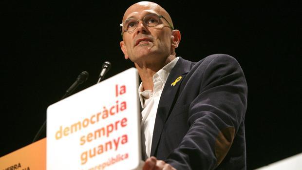 El Gobierno prevé cerrar antes de que acabe el año las embajadas catalanas