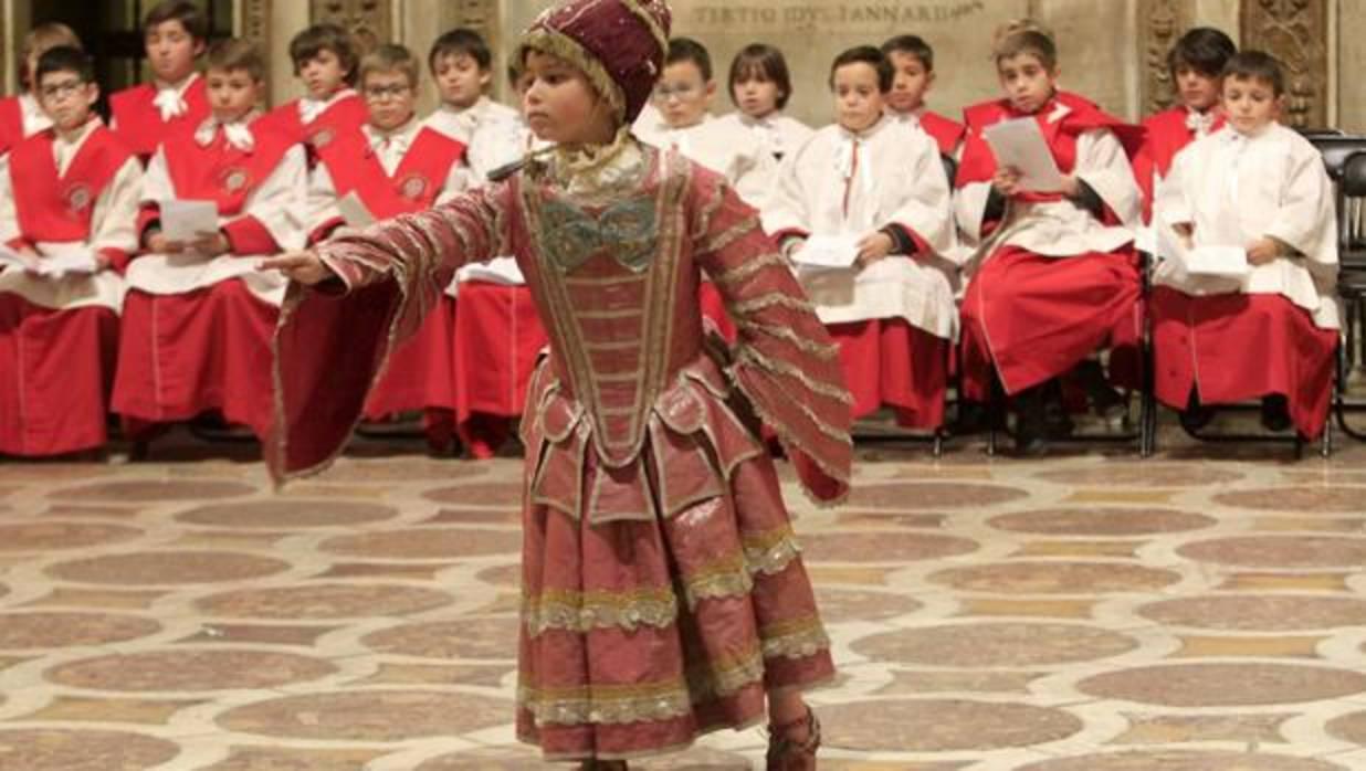 La sibila recorre la catedral de Toledo
