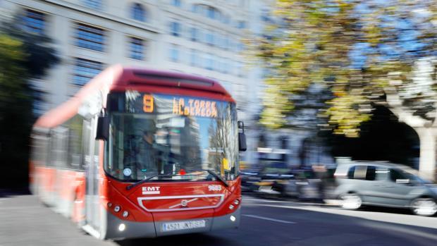 Imagen de un autobús de la EMT tomada este miércoles en Valencia