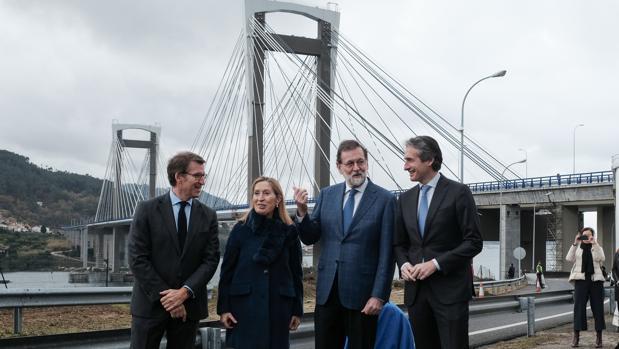Mariano Rajoy, con Feijóo, Ana Pastor e Íñigo de la Serna
