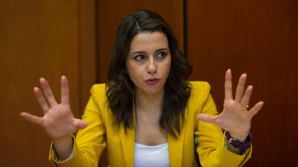 El PP aumenta la presión sobre Arrimadas para que intente un acuerdo de investidura con los comunes