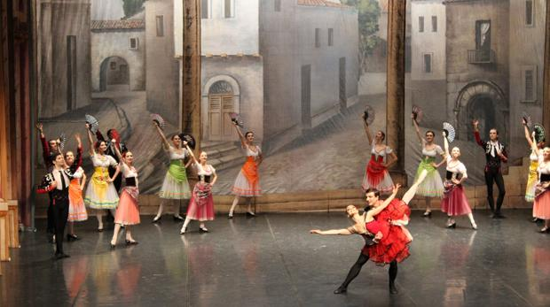 Un momento de la actuación del Ballet de Moscú en el Auditori Teulada Moraira