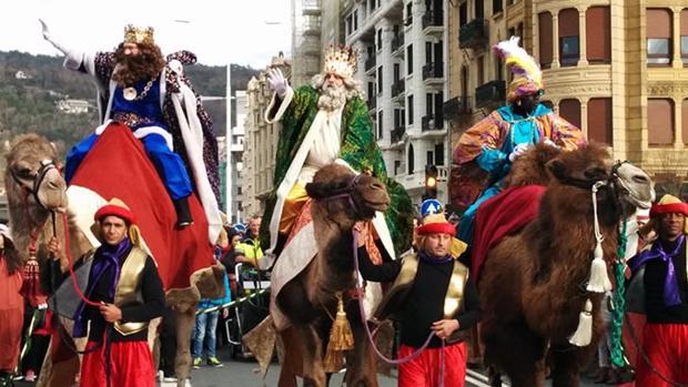 Horario de la cabalgata de los reyes magos en bilbao for Horario oficina correos bilbao