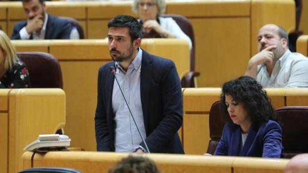 Ramón Espinar disculpa la ausencia de Pablo Iglesias alegando que «es Navidad»