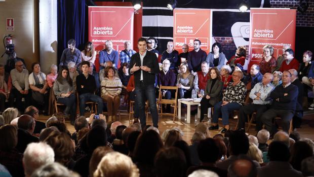 Pedro Sánchez durante un acto del partido en Hortaleza