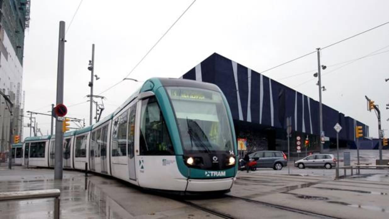 El rescate de la gestión privada del tranvía de Barcelona costaría hasta 440 millones