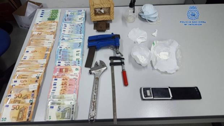 Detenidas tres personas que distribuían casi 600 gramos de cocaína al mes