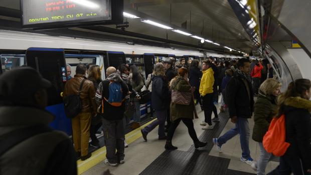 El dia que la estación de Sol tuvo tantos viajeros como toda la población de La Coruña