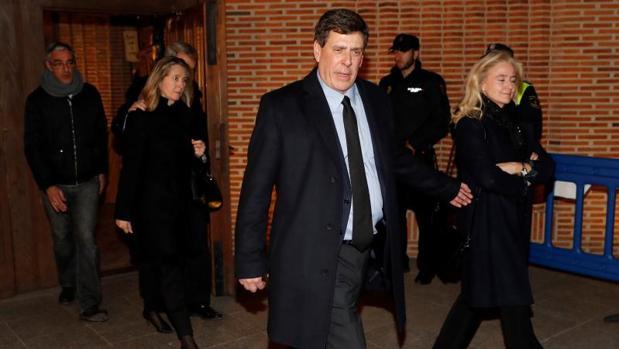 El padre de Diana Quer, Juan Carlos Quer, a la salida del funeral de su hija