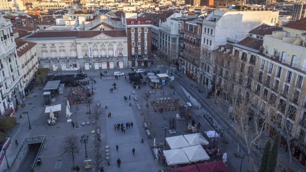 Vista de la plaza de Santa Ana, desde la azotea del hotel Reina Victoria