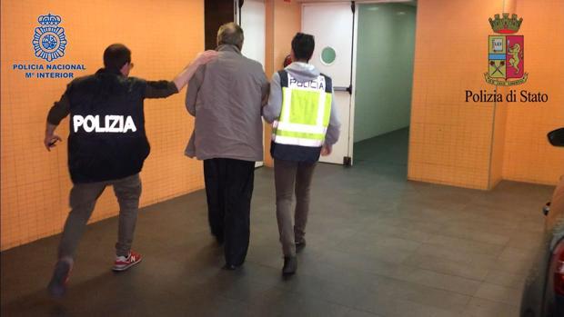 Imagen de la detención de Fausto Pellegrinetti en Alicante