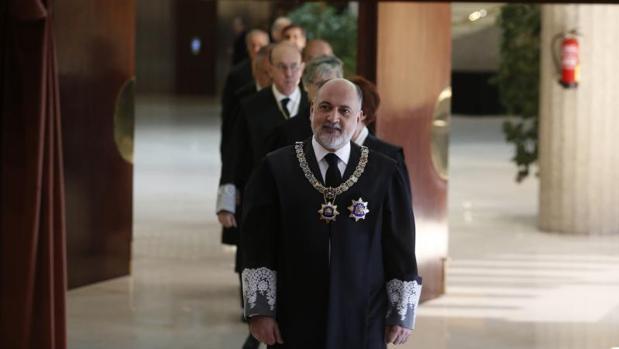 El expresidente del Tribunal Constitucional Francisco Péres de los Cobos