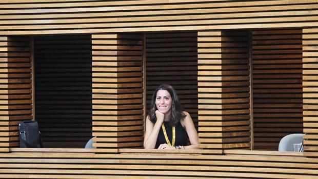 Imagen de Rosana Belenguer Crespo tomada en la tribuna de prensa de las Cortes Valencianas