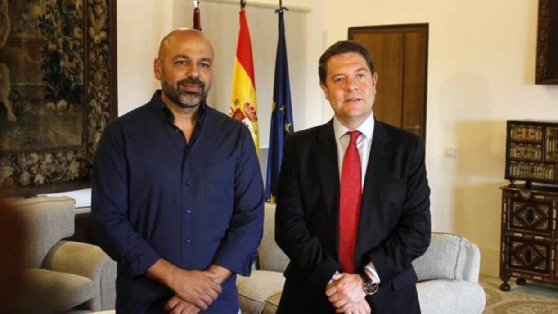 Resultado de imagen de Page y Podemos quieren convertir a altos cargos elegidos a dedo en funcionarios