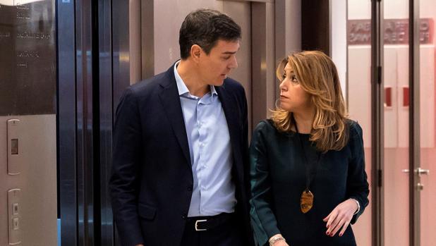 Fríos, distantes y cabizbajos: lo que los gestos de Sánchez y Díaz desvelan sobre su relación