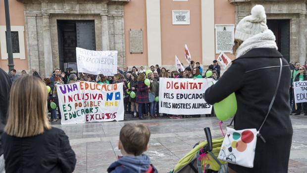 Imagen de una protesta de los educadores