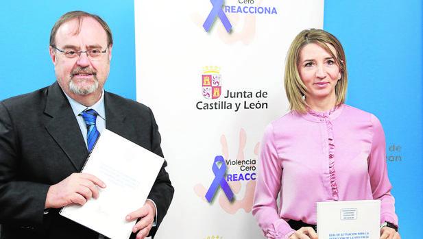 Fernando Rey y Alicia García presentan la guía