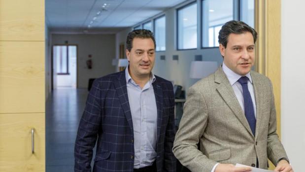 Salvador Cruz y Raúl de la Hoz, este pasado lunes en las Cortes de Castilla y León