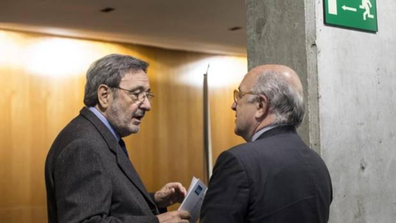 El tribunal que juzgar a narc s serra por los sueldos de for Horario oficinas catalunya caixa