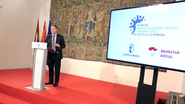 García-Page durante la presentación del Plan