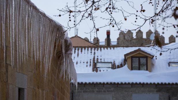 Frío y nieve en Ávila