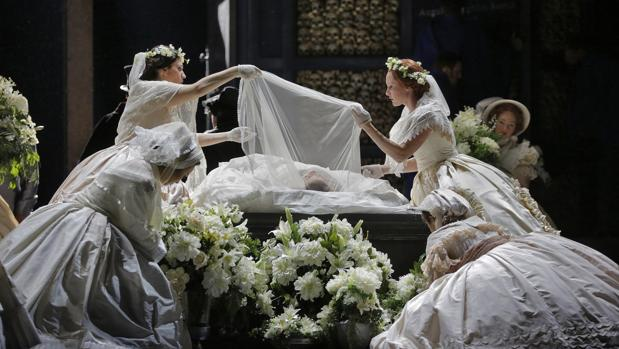Una escena del montaje que puede verse en el Liceu
