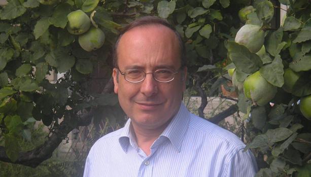 El crítico, escritoy y poeta José Luis García Martín