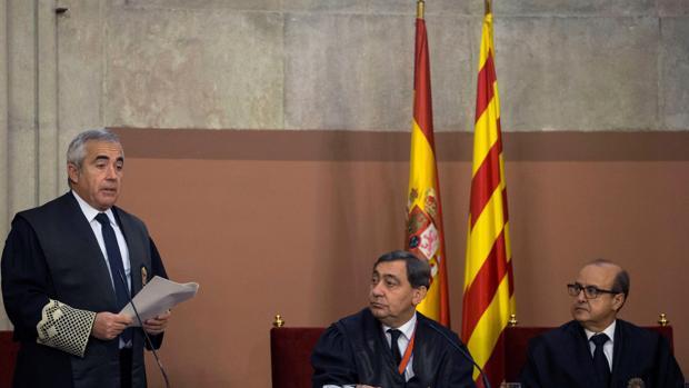 Bañeres habla, el pasado lunes, durante su toma de posesión como nuevo fiscal jefe catalán, en presencia del fiscal genereal del Estado, Sánchez Melgar, y el presidente del Tribunal Superior de Cataluña, Jesús María Barrientos