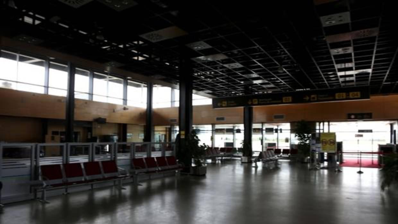 El solitario y carísimo viajero del Aeropuerto de Huesca