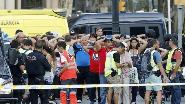 La Rambla de Barcelona, instantes después del atentado yihadista perpetrado en agosto del pasado año