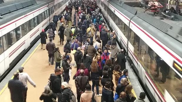 Aglomeraciones en trenes de Cercanías