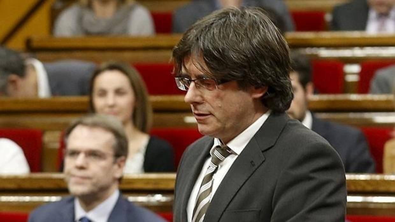 Puigdemont llama «orgullosos carceleros» al PP, el PSOE y Cs