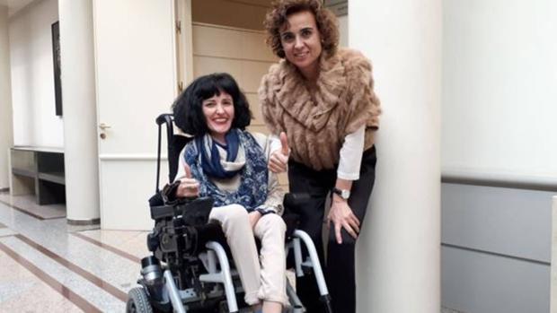 Virginia Felipe con la ministra de Sanidad, la pasada semana