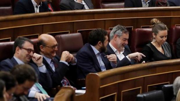 PNV y Ciudadanos comparten un banco del Congreso