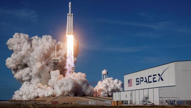 Spacex retrasa por quinta vez el lanzamiento del satélite español