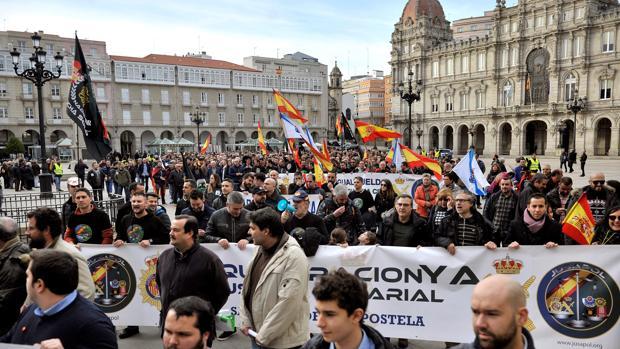 Centenares de agentes de la Policía Nacional y de la Guardia Civil, en La Coruña el pasado martes