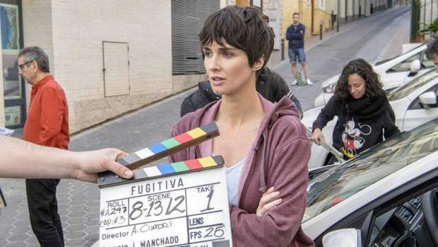 Paz Vega, en una toma del rodaje de «Fugitiva» en Benidorm