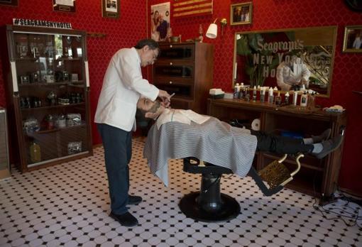 Barbería de The New York Shaving Company en el lobby del NH Collection Suecia