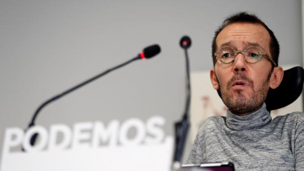 Echenique aterrizó en Madrid tras el cese de Sergio Pascual al frente de la secretaría de Organización de Podemos