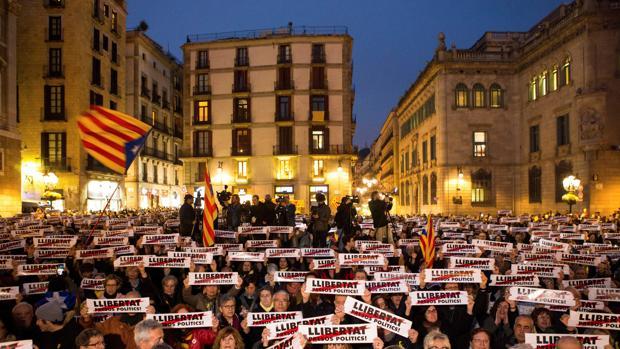 Manifestación independentista en Plaza Cataluña