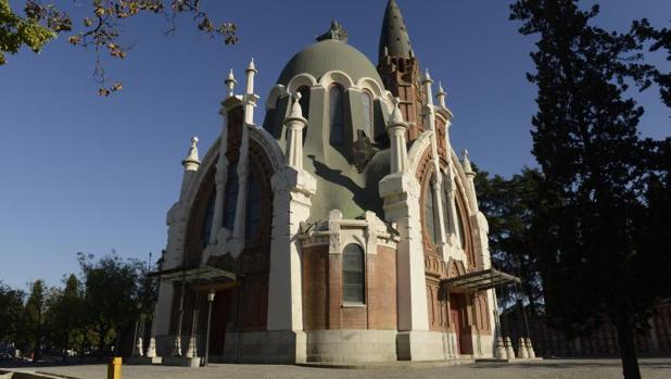 Capila neomudéjar del cementerio de La Almudena
