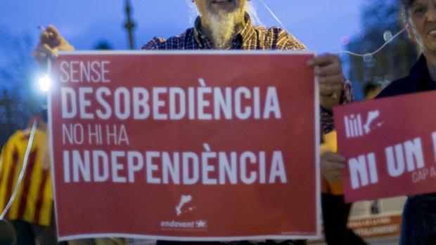 Consignas secesionistas en una manifestación del independentismo catalán