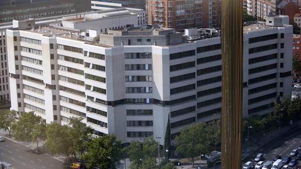 Hemeroteca: Un juez investiga la muerte de un detenido en los calabozos del juzgado   Autor del artículo: Finanzas.com