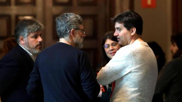 Hemeroteca: Puigdemont «volverá» al Parlament con el pacto entre JpC y ERC a punto   Autor del artículo: Finanzas.com