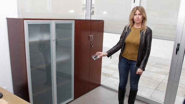 La fiscal a investiga el dispositivo de grabaci n hallado for Esquelas el mueble melide