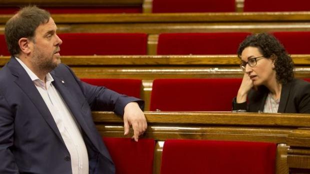 Los dirigentes de ERC Oriol Junqueras y Marta Rovira