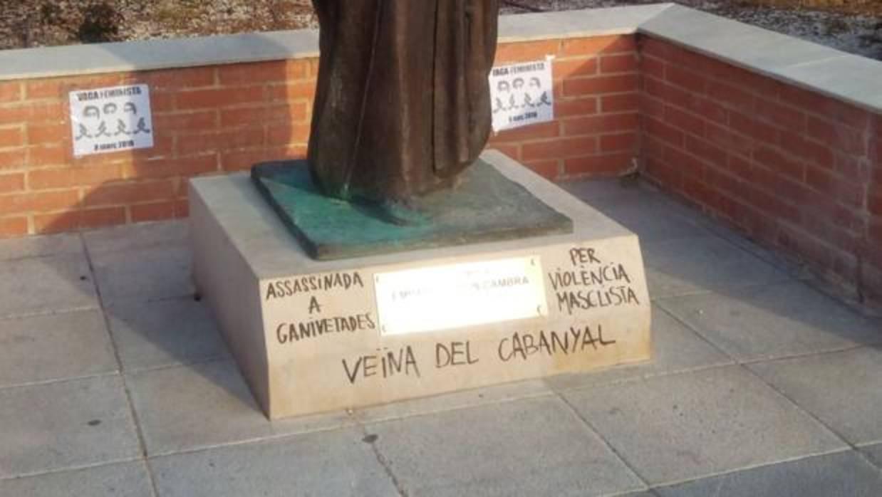 La Semana Santa Marinera condena el «vandalismo» contra la escultura de la cofrade Empar Barrón
