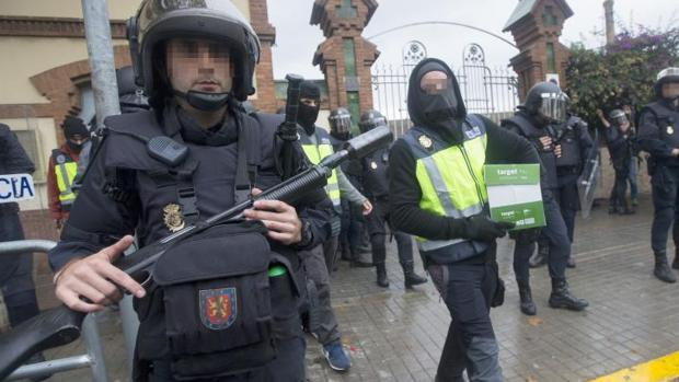 Despliegue de la Guardia Civil y la Policía Nacional para impedir el referéndum