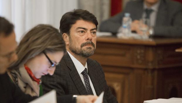 Luis Barcala, portavoz del Partido Popular en Alicante