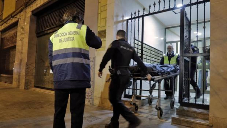 Investigan a los inquilinos del piso de Valencia donde fue hallado un cadáver emparedado